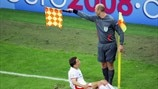 Guide des signes des arbitres assistants